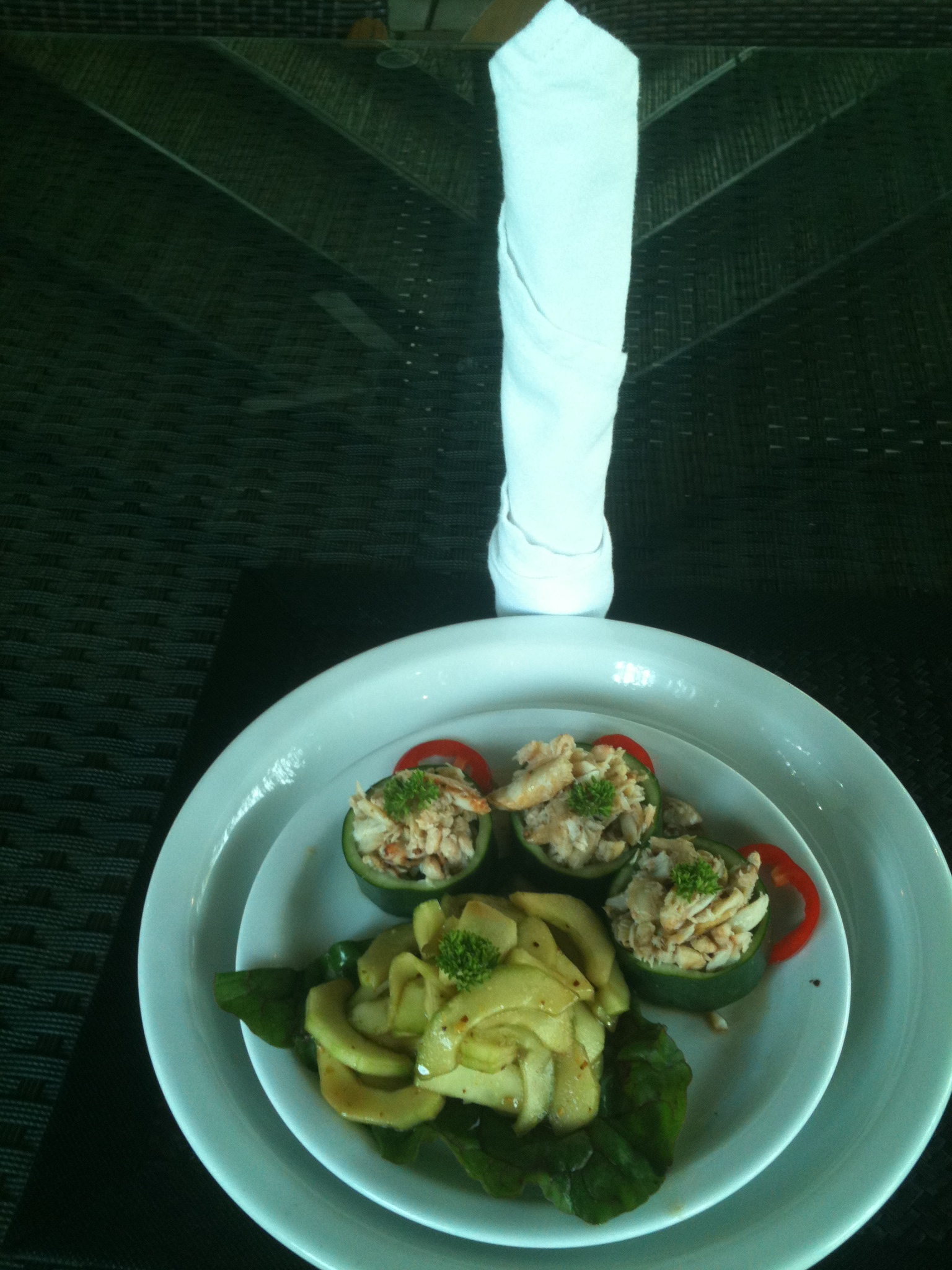 Crab in Cucumber Appetizer