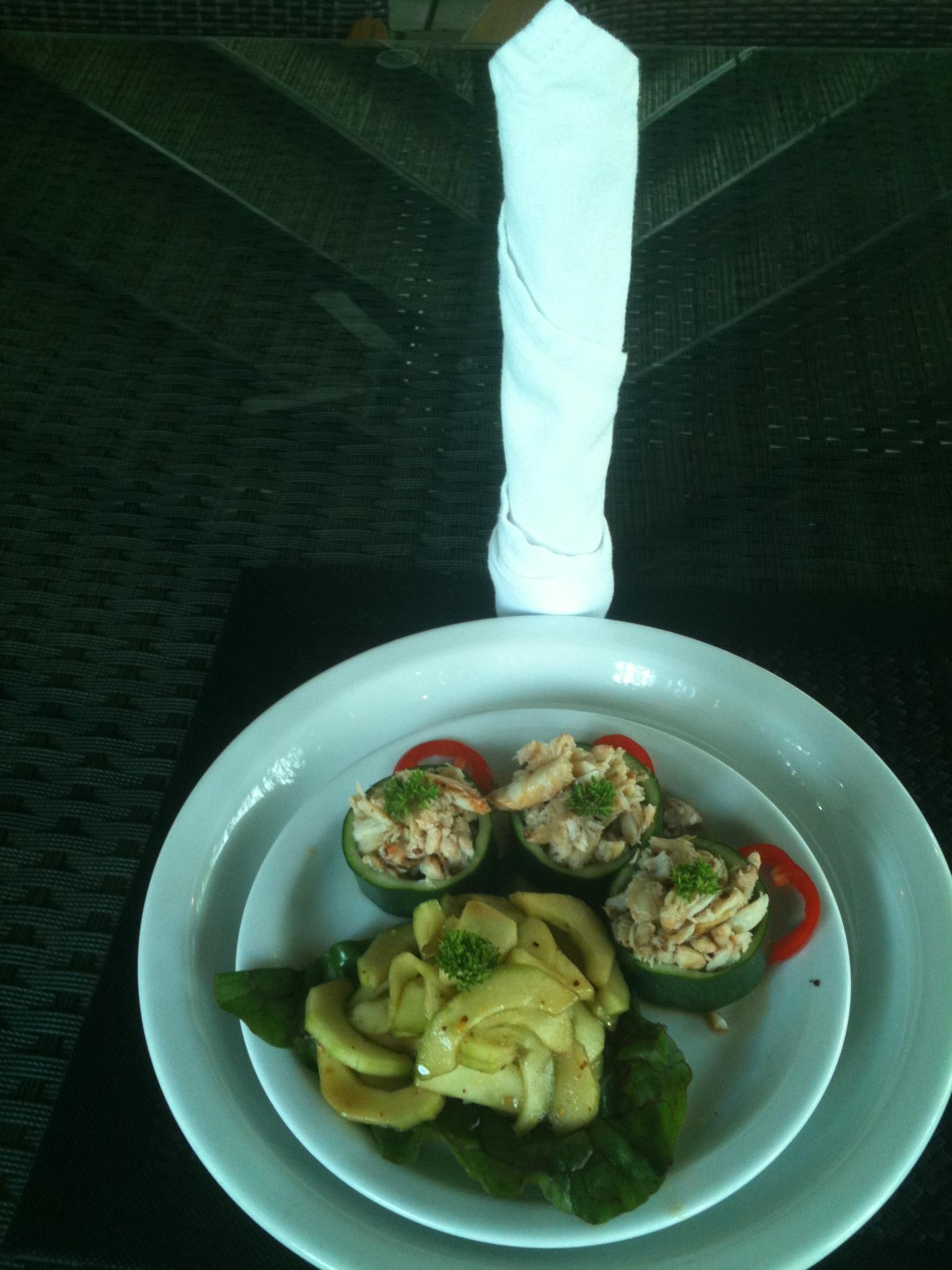 Crab in Cucumber Appetizer